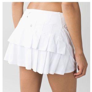 Lululemon Size 8 Run Pace Setter Golf Tennis Skirt